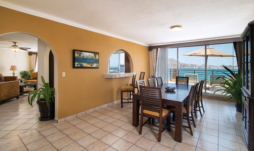 Suite Presidencial de Tres Recámaras Villa del Palmar Beach Resort & Spa Cabo San Lucas