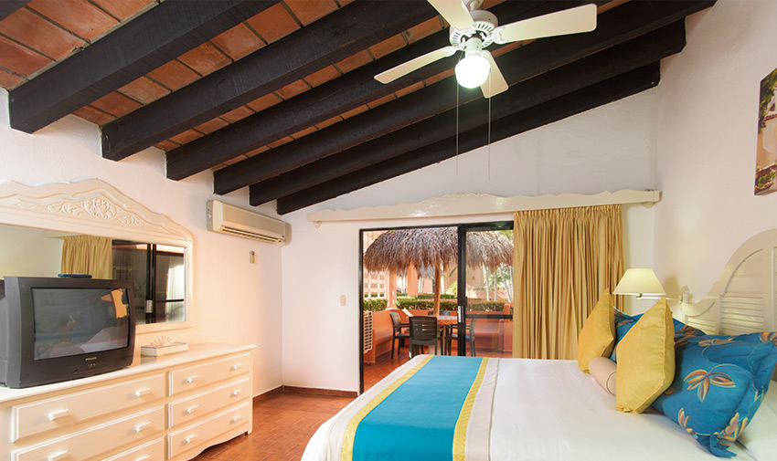 One Bedroom Suite Villa del Mar Beach Resort & Spa Puerto Vallarta